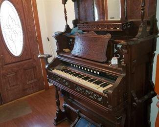 AG Whitney, Quincy IL pump organ