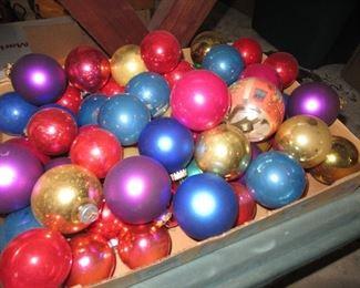 Christmas decorations, vintage balls, vintage christmas crafting
