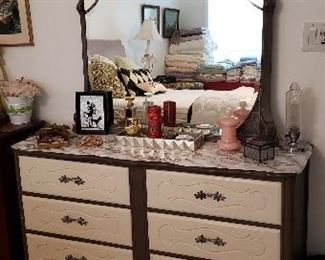 Shabby Chic Furniture and Decor Items