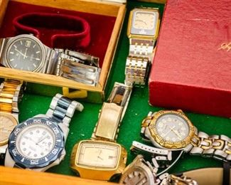 LARGE COLLECTION OF VINTAGE MEN'S WATCHES!