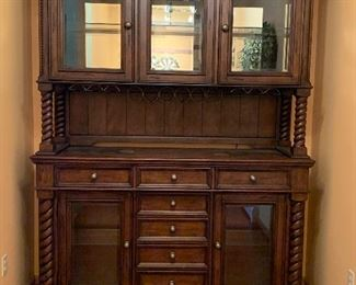 Now this is a Bar! Large beautiful Bar / China Cabinet  Needs a new big room as a home! Comes in two pieces.