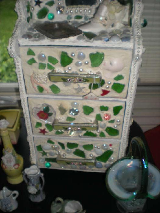 COLLEEN'S ESTATE SALES INDIAN HEAD PARK WITH    starts on 6