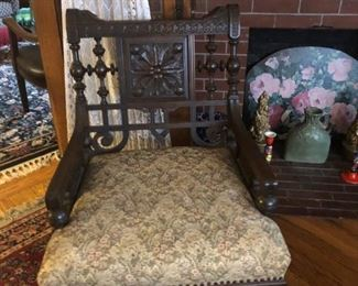 Victorian Wide Seat Chair
