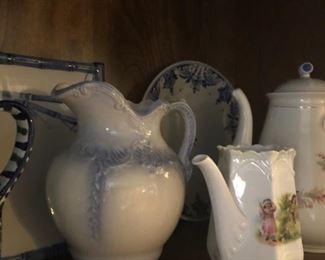 Tea & Coffee Pots , Pitchers