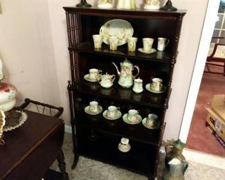 Lefton porcelain tea set, Etagere