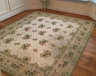 Beautiful Hand Hooked Capel Rug size 7 x 9