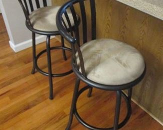 Metal Swivel Padded Bar Stools