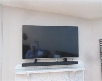 "48"" Samsung Flat Screen TV with Sound Bar"