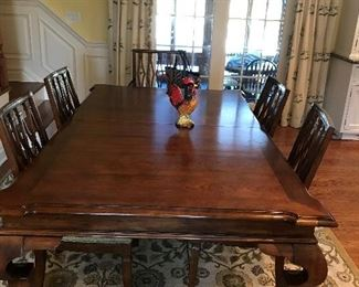 KITCHEN TABLE  2LEAF 6CHAIR  CARPET BY POTTERY BARN