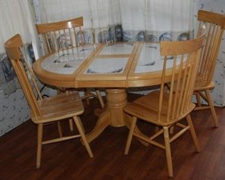 Kitchen table w/ 4 chairs, drop leaf tiled top