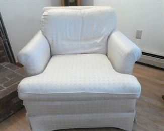 Extremely comfy living room chairs (pair)