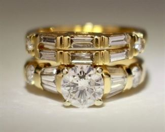 18K and Diamonds Wedding Set