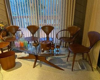 Adrian Pearsall  Coffee Table,  Set of Six Norman Cherner Plycraft Pretzel dining chairs.   Excellent Condition Mid Century Modern Furniture