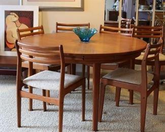 Mid-Century Modern Dyrlund Rosewood Flip-Flap Lotus Table