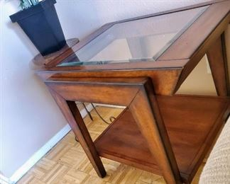 End table with Beveled Glass Top