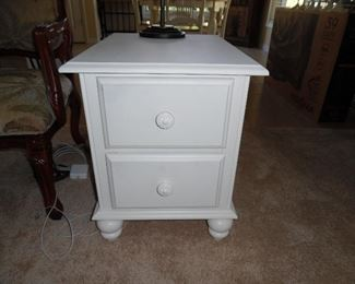 Cottage white end table with 2 drawers