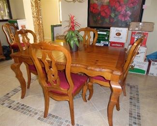 Pine dining table, 1 leaf, 6 upholstered chairs
