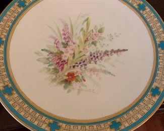 Floral plates for spring