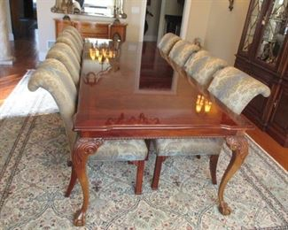 Stunning Thomasville Dining Room Suite Complete with 8 Upholstered Chairs and China Cabinet