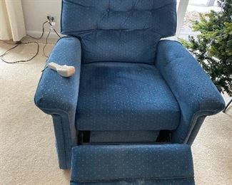 Lift chair very good condition