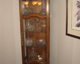 Glass Lighted Drexel Curio Cabinet...