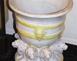Garden Pot / Urn