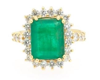 Emerald and Diamond Ring In 18k Yellow Gold
