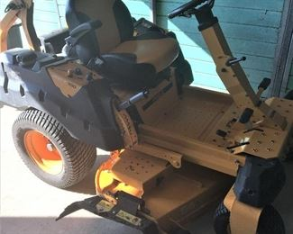 CUB CADET PROZ 100 COMMERCIAL ZERO TURN MOWER IN EXCELLENT CONDITION 27HP KHOLER