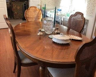 Nice Dining room Table with 6- chairs