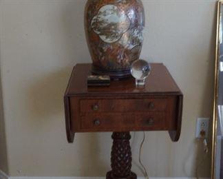 Chinese lamp, early 19th century mahogany table.