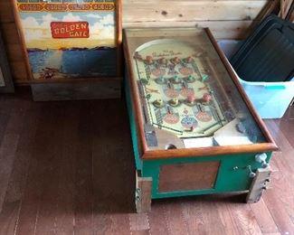 Amazing 1940 pinball machine.