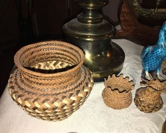 Had woven baskets