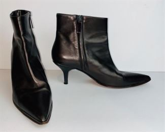 Vintage Gucci Pointy Ankle Boots -#104 0169 - Size 7.5 B