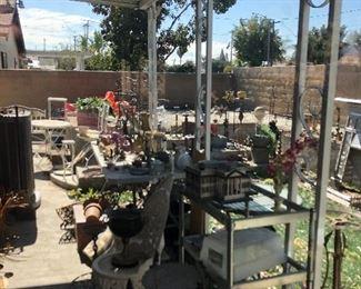 Misc metal garden decor