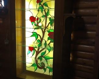 Beautiful lighted side by side with stained glass back
