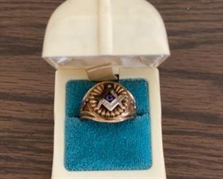 10K gold Masonic ring