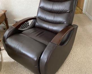 Nice swivel easy chair
