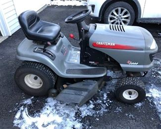004 Craftsman Riding Lawnmower