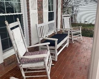 4 Cracker Barrel rocking chairs and 2 gliders