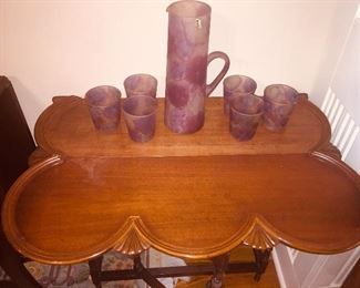 scalloped drop leaf table with an Art Glass pitcher and 6 glasses