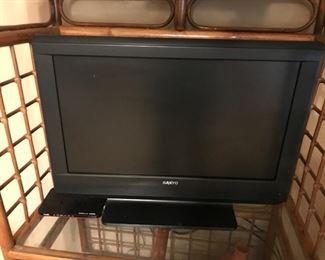 """20"""" Sanyo flat screen television"""