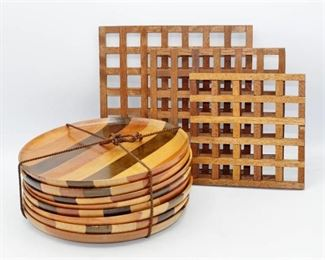 8 wood plates and 3 Wood Trivets