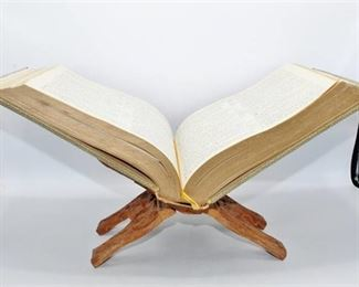 Heirloom Bible Master Reference 1964 Edition and Carved Wood Bible Holder