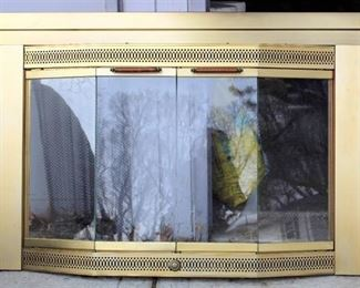 "Fireplace Screen with Glass Doors 43"" x 31""- Like New"
