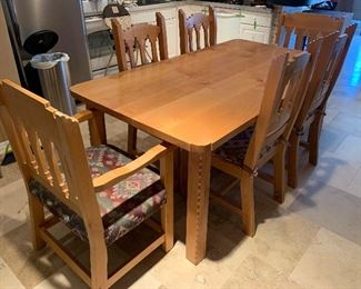 South West Natural Wood Dining Table w/ 6 chairs	30x40x72in	HxWxD