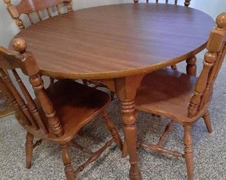 Kitchen table, with leaf and four chairs