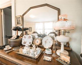Dresser with vanity
