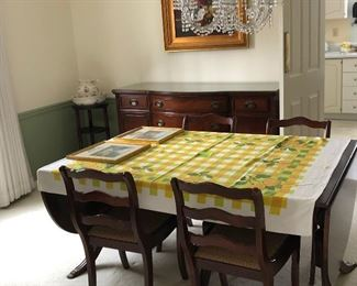 dining room table & 4 chairs   buffet