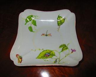 L. Godinger and Co. Dish