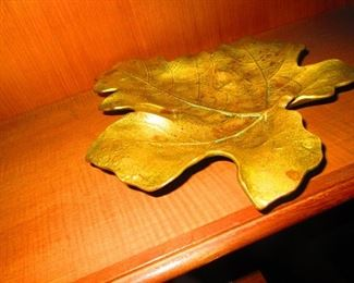 Virginia Metal Maple Leaf Dish